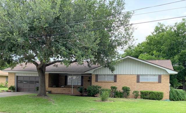 229 S Vail, La Grange, TX 78945 (#9341774) :: The Perry Henderson Group at Berkshire Hathaway Texas Realty