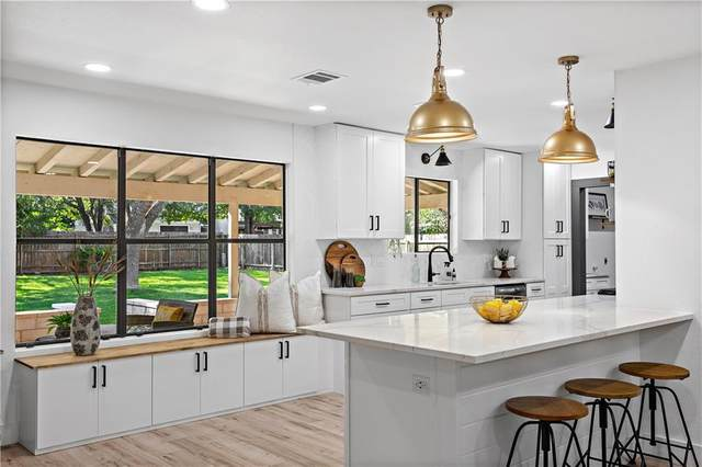 1903 Shadowbrook Cir, Round Rock, TX 78681 (#9403654) :: Papasan Real Estate Team @ Keller Williams Realty