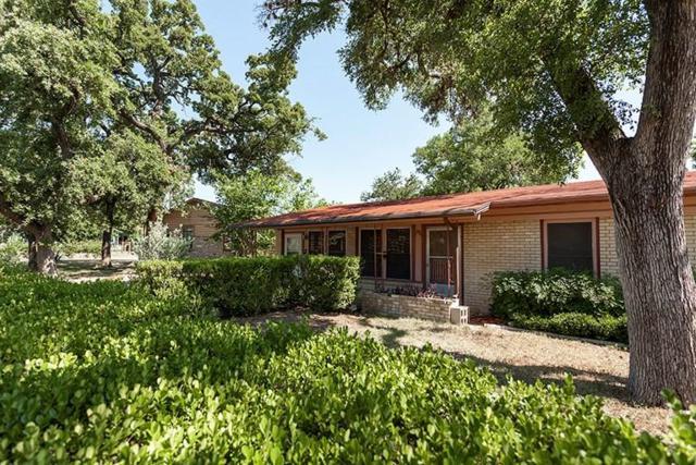4702 Ribbecke Ave, Austin, TX 78721 (#9428732) :: The ZinaSells Group
