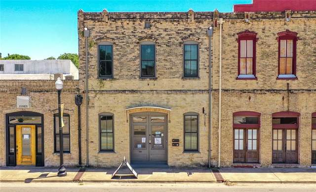 711 Chestnut St, Bastrop, TX 78602 (#9452868) :: Papasan Real Estate Team @ Keller Williams Realty