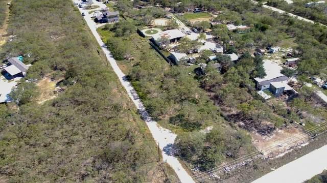 211 Caldwell Rd, Dale, TX 78616 (#9470959) :: Papasan Real Estate Team @ Keller Williams Realty