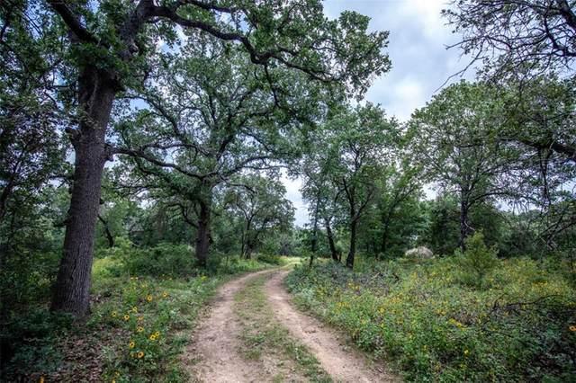 22371 Priest Rd, Elmendorf, TX 78112 (#9502671) :: Papasan Real Estate Team @ Keller Williams Realty