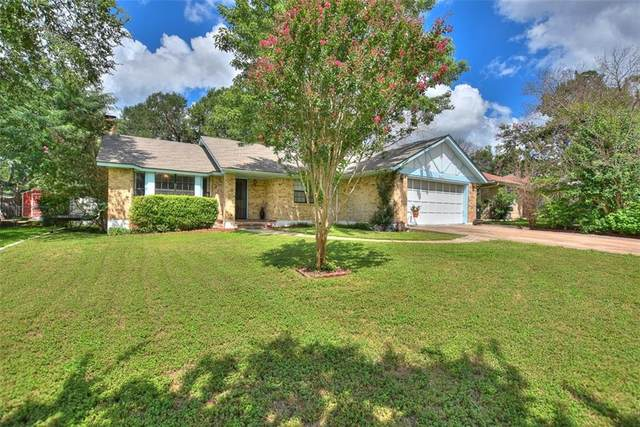 301 Pin Oak Dr, Georgetown, TX 78628 (#9637806) :: The Summers Group