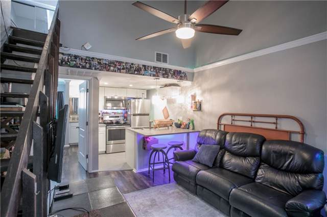 708 Graham Pl #206, Austin, TX 78705 (#9771080) :: The Perry Henderson Group at Berkshire Hathaway Texas Realty
