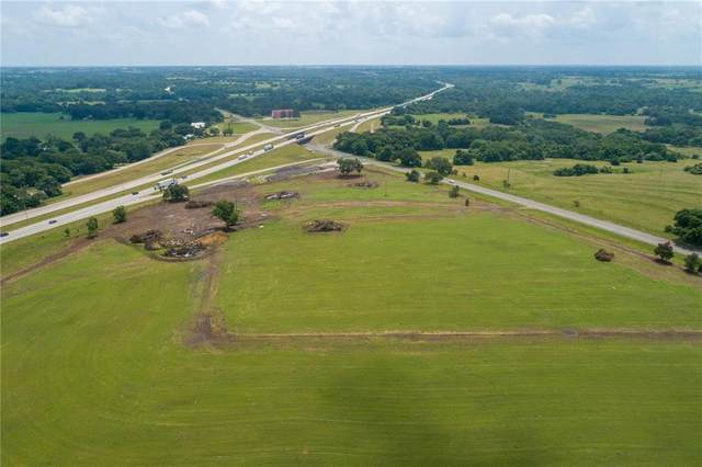 3041 E Us Highway 90, Schulenburg, TX 78956 (#9813393) :: The Perry Henderson Group at Berkshire Hathaway Texas Realty