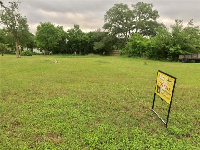 740 Trinity St, Lockhart, TX 78644 (#9854700) :: The Perry Henderson Group at Berkshire Hathaway Texas Realty
