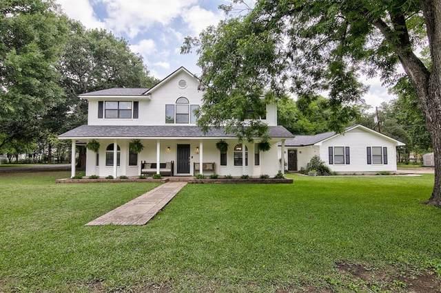 500 Garwood St, Smithville, TX 78957 (#9916545) :: Papasan Real Estate Team @ Keller Williams Realty