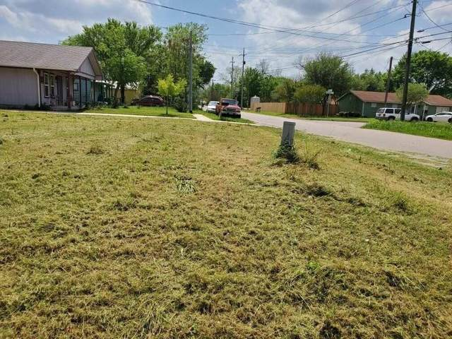 1907 Wilson St, Bastrop, TX 78602 (#9935569) :: Front Real Estate Co.