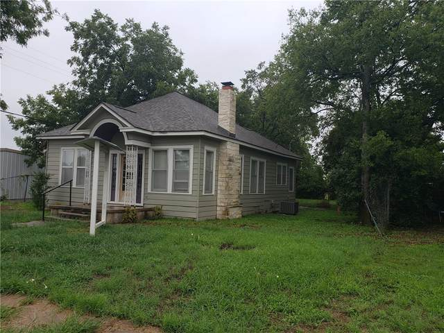 106 W 1st St, Lampasas, TX 76550 (#9943578) :: The Heyl Group at Keller Williams