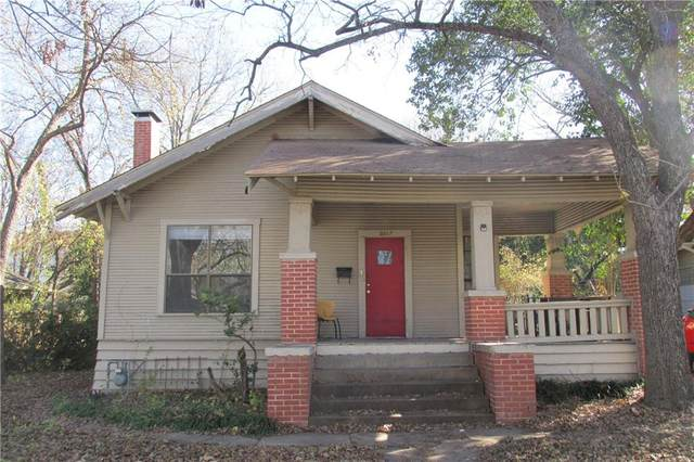 2817 Salado St, Austin, TX 78705 (#9951444) :: Realty Executives - Town & Country