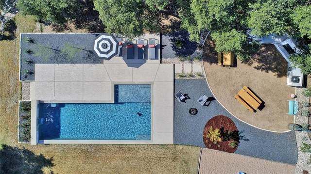 729 Buffalo Trl, Liberty Hill, TX 78642 (#9988013) :: The Perry Henderson Group at Berkshire Hathaway Texas Realty