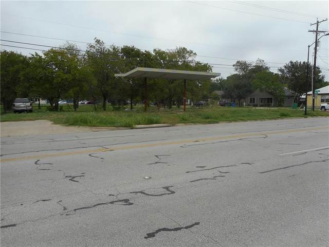 1300 W 2nd St, Taylor, TX 76574 (#1046321) :: RE/MAX Capital City
