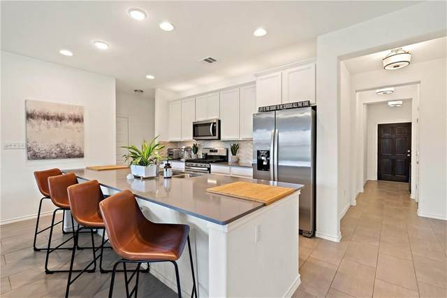 801 S San Marcos St, Manor, TX 78653 (#1154662) :: Zina & Co. Real Estate