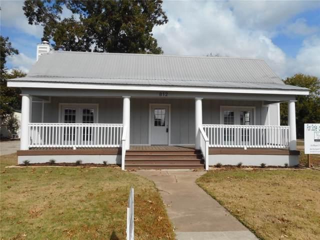 812 Chestnut St, Bastrop, TX 78602 (#1196437) :: The Heyl Group at Keller Williams