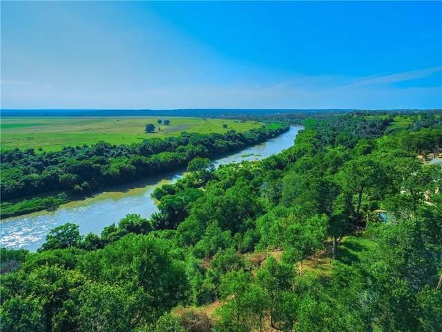 172 Riverwalk Ln, Bastrop, TX 78602 (MLS #1274970) :: Brautigan Realty
