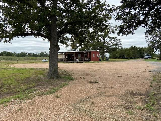 900 E St 543 Loop, West Point, TX 78963 (#1669104) :: Ben Kinney Real Estate Team