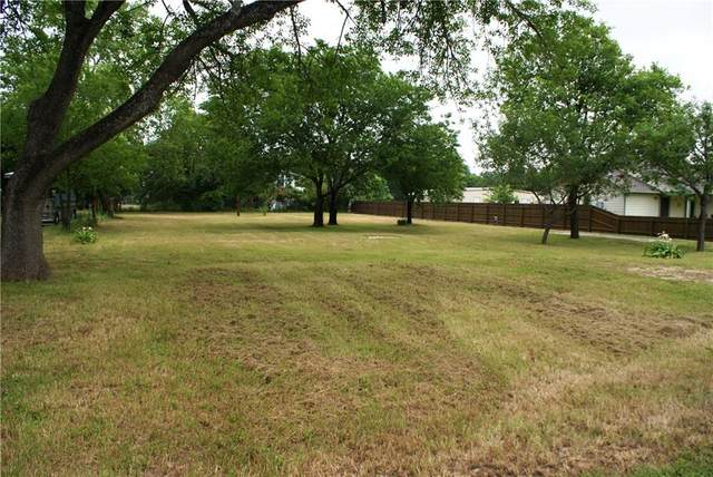 200 W Goforth Rd, Buda, TX 78610 (#1798616) :: Papasan Real Estate Team @ Keller Williams Realty
