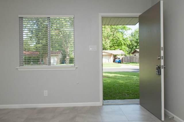 8315 Reeda Ln, Austin, TX 78757 (#1812251) :: Ben Kinney Real Estate Team