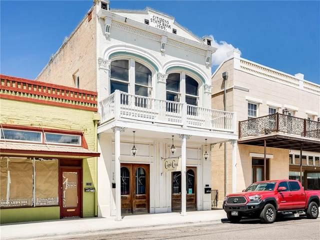928 Main St, Bastrop, TX 78602 (#1842036) :: Zina & Co. Real Estate