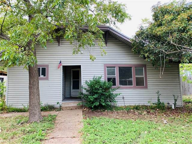 409 Vernon St, Taylor, TX 76574 (#1887930) :: 12 Points Group