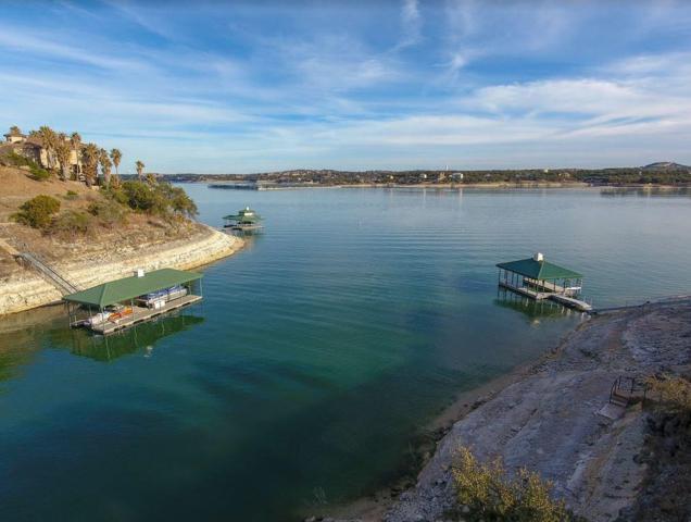 1501 Osprey Ridge Loop, Lago Vista, TX 78645 (#2132165) :: The Perry Henderson Group at Berkshire Hathaway Texas Realty