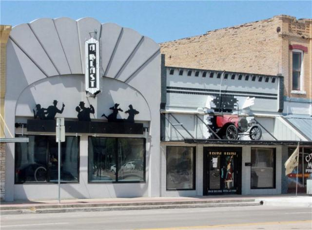 115 W Austin St, Giddings, TX 78942 (#2309257) :: Papasan Real Estate Team @ Keller Williams Realty