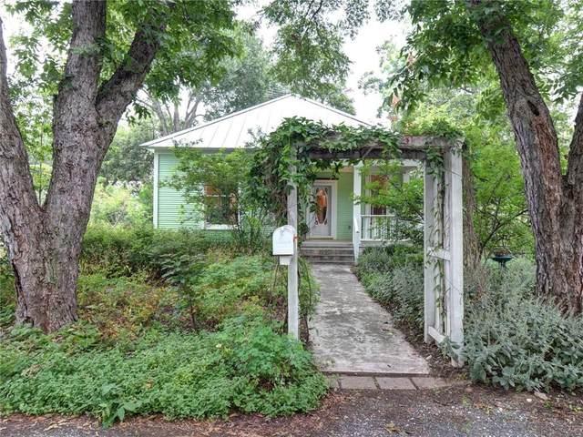 200 Bishop St, Smithville, TX 78957 (#2546133) :: Ben Kinney Real Estate Team