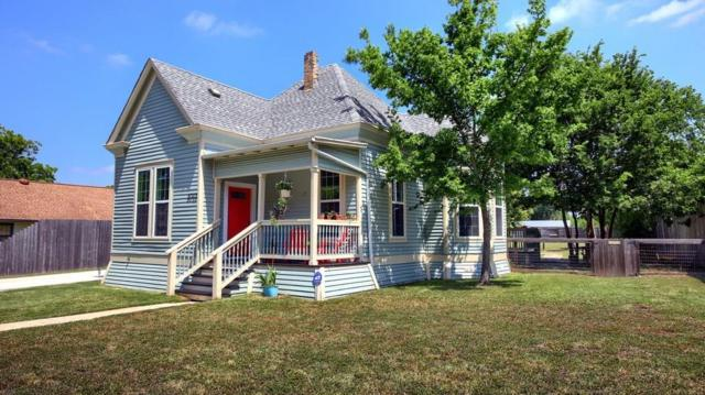 1012 W 7th St, Taylor, TX 76574 (#2761917) :: RE/MAX Capital City