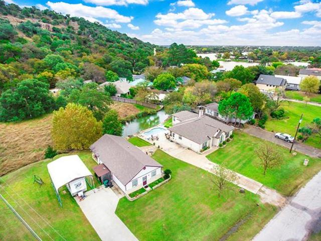 303 Mountain Vw, Sunrise Beach, TX 78643 (#2837076) :: The Perry Henderson Group at Berkshire Hathaway Texas Realty