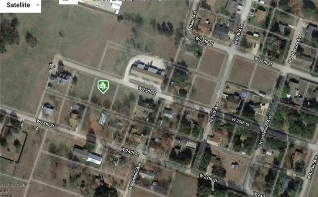 905 W 25th St, Cameron, TX 76520 (#3090469) :: Papasan Real Estate Team @ Keller Williams Realty