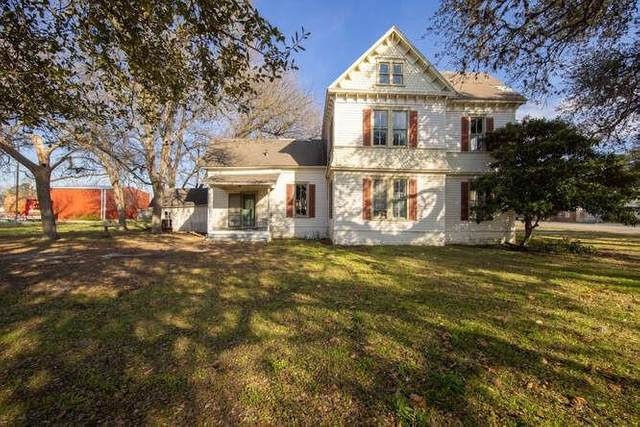215 W San Antonio St, Lockhart, TX 78644 (#3184421) :: Lauren McCoy with David Brodsky Properties
