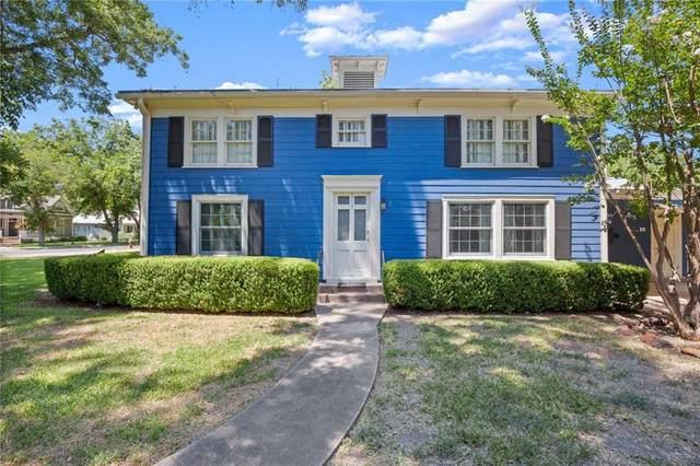 1209 Pecan St, Bastrop, TX 78602 (MLS #3389676) :: Brautigan Realty