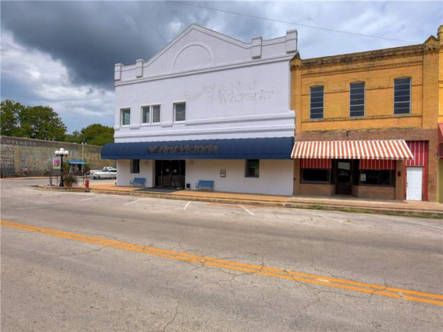 201 Main St, Smithville, TX 78957 (#3401372) :: The ZinaSells Group