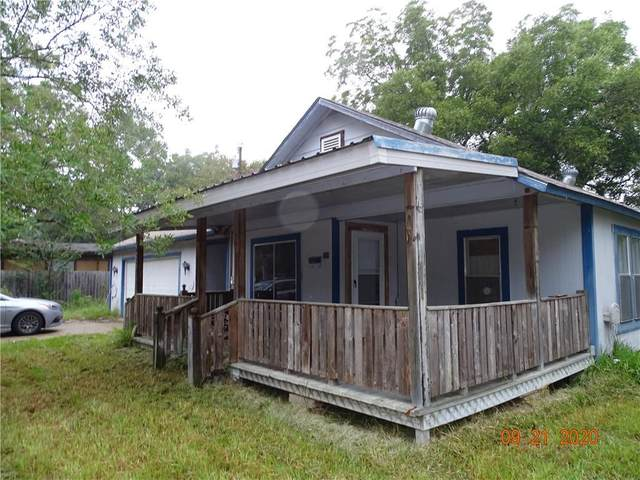 724 Scarbrough St, Rockdale, TX 76567 (#3479119) :: RE/MAX Capital City
