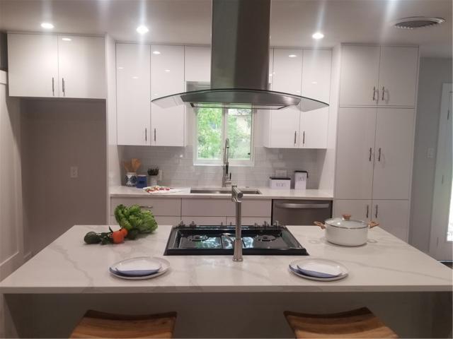 1606 Sweetbriar Ave, Austin, TX 78723 (#3717620) :: Papasan Real Estate Team @ Keller Williams Realty