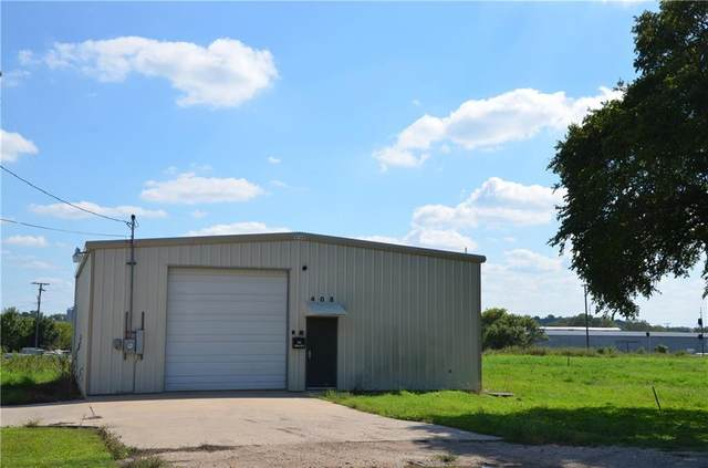 408 E 2nd St, Taylor, TX 76574 (#3834836) :: Zina & Co. Real Estate
