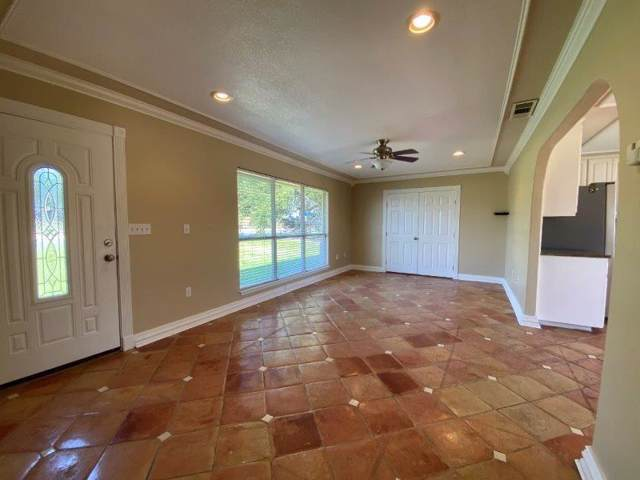 5511 Manor Rd, Austin, TX 78723 (#3843031) :: Zina & Co. Real Estate
