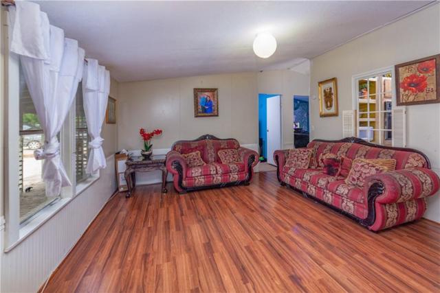212 Waterfall Ln, Kyle, TX 78640 (#3893684) :: Papasan Real Estate Team @ Keller Williams Realty