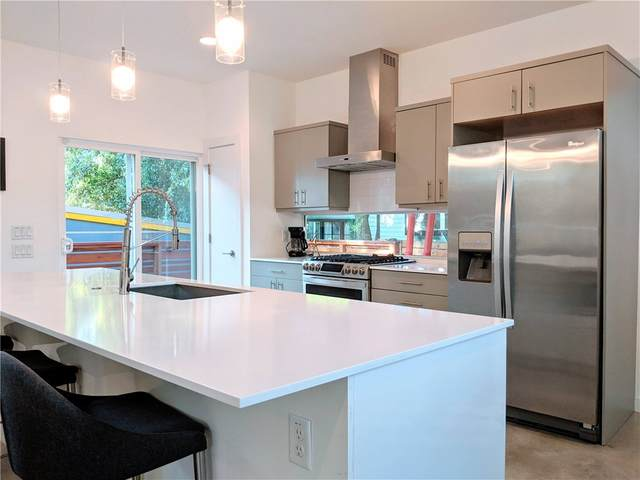 1707 E 17th St, Austin, TX 78702 (#4172376) :: Service First Real Estate