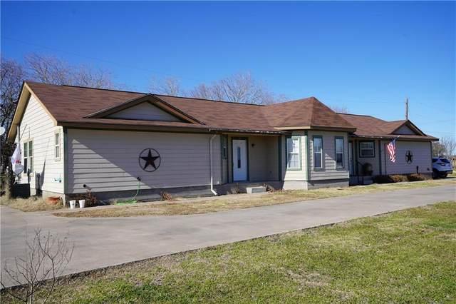 1310 S Medina St, Lockhart, TX 78644 (#4481305) :: Green City Realty