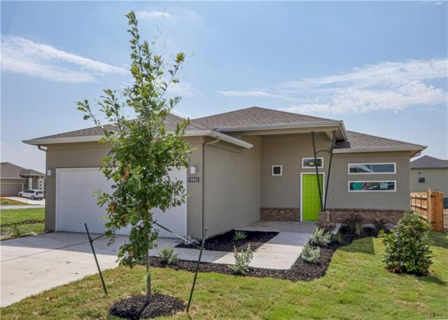 9941 Comely Bnd, Manor, TX 78653 (#4574649) :: The Perry Henderson Group at Berkshire Hathaway Texas Realty