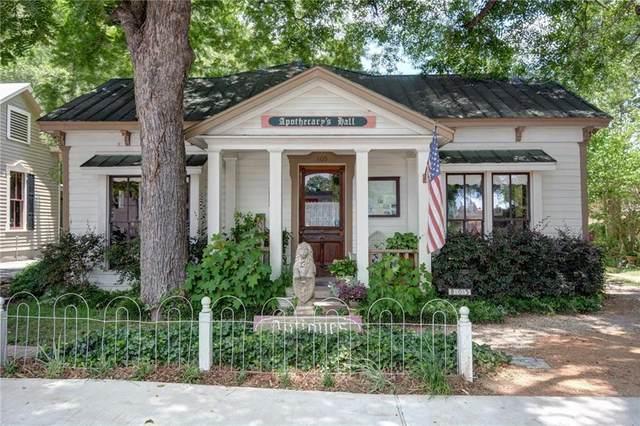 805 Main St, Bastrop, TX 78602 (#4987088) :: RE/MAX Capital City