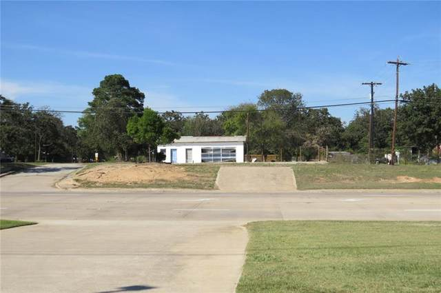 1074 W 79 Highway, Rockdale, TX 76567 (#5317921) :: First Texas Brokerage Company
