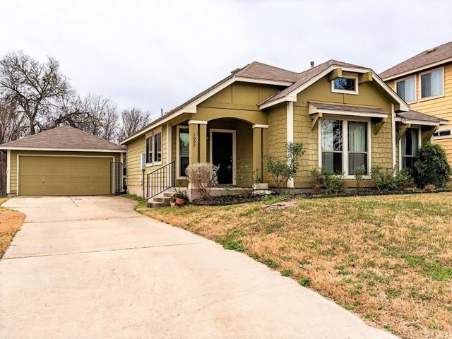 1097 Twin Cv, Kyle, TX 78640 (#5942349) :: The Perry Henderson Group at Berkshire Hathaway Texas Realty