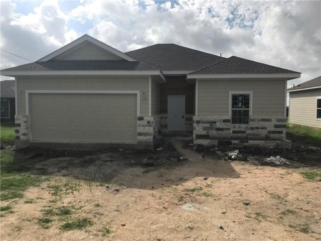 1520 Hunters Rd, Lockhart, TX 78644 (#6015722) :: The ZinaSells Group