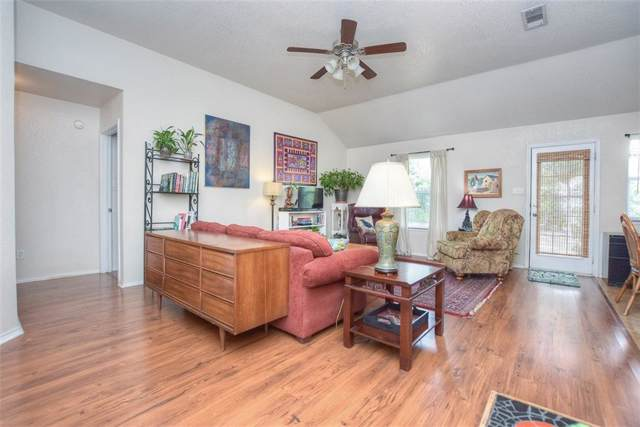 208 Quartz Ct, Jarrell, TX 76537 (#6130055) :: The Perry Henderson Group at Berkshire Hathaway Texas Realty
