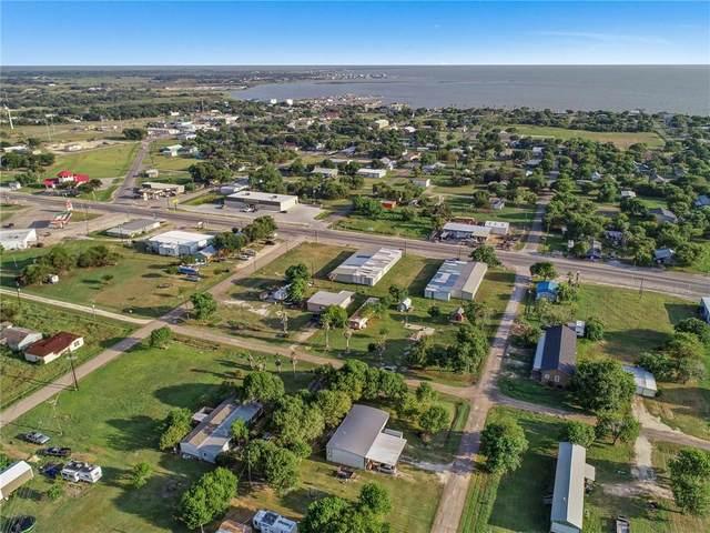 412 W Austin Ave, Seadrift, TX 77983 (#6195670) :: Papasan Real Estate Team @ Keller Williams Realty