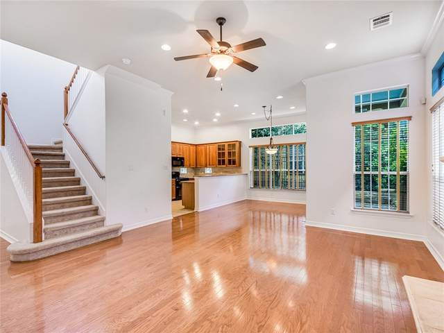 6704 Menchaca Rd #33, Austin, TX 78745 (#6302548) :: Service First Real Estate