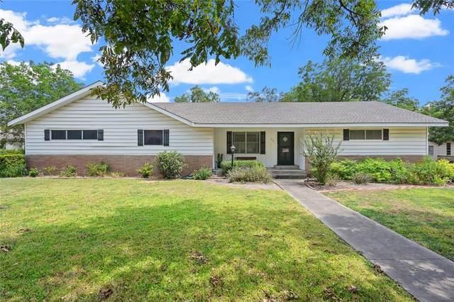 201 S Willis St, Granger, TX 76530 (#6347246) :: Papasan Real Estate Team @ Keller Williams Realty
