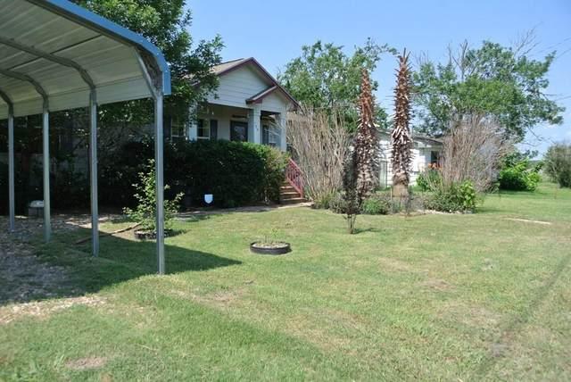 730 W Brenham St, Giddings, TX 78942 (#6830945) :: The Summers Group